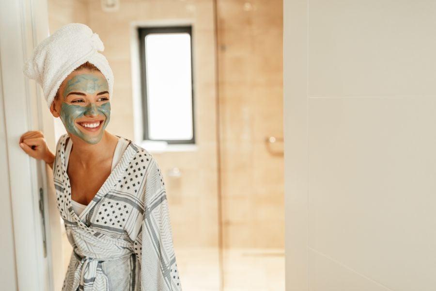 Prodotti per la bio routine per ogni tipo di pelle-maschera