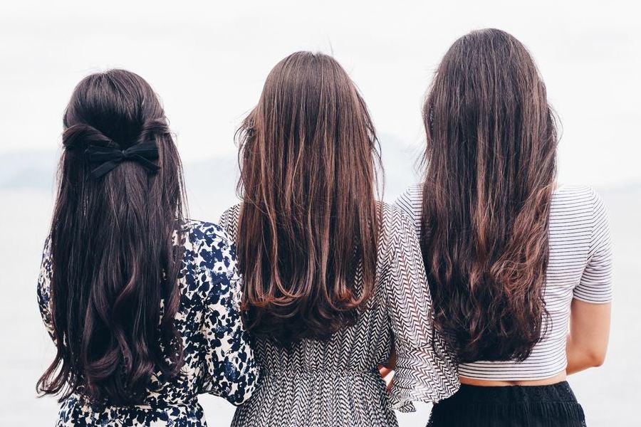 colorare i capelli con le tinte naturali