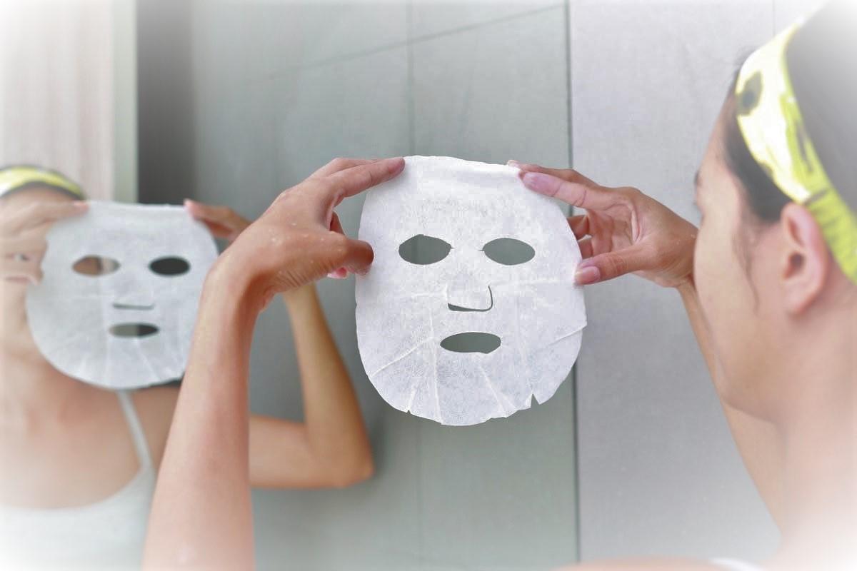 maschera viso in tessuto